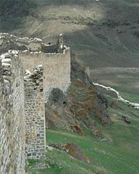 Крепость Хыныс